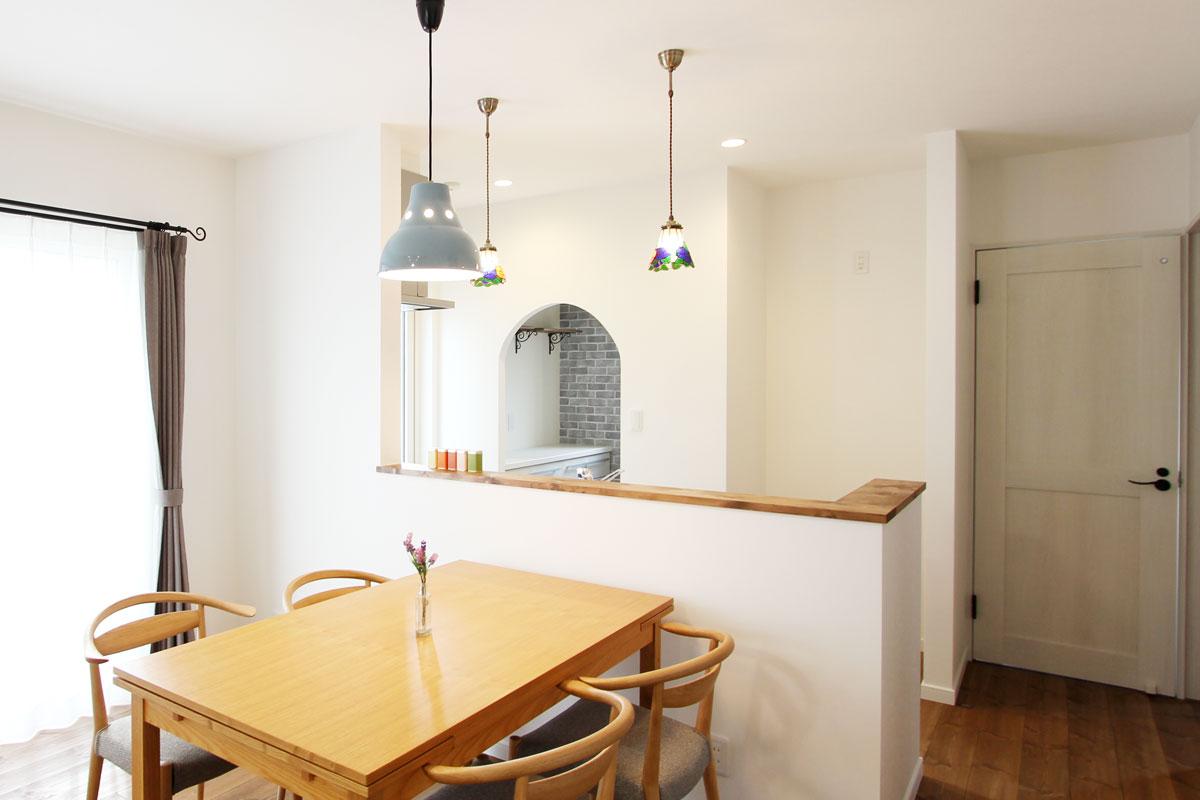 Mamanの家にキッチンパントリーを作る。スタイリッシュでおしゃれなキッチンに欠かせないスペース。キッチンの背面が綺麗に。【酒田鶴岡で新築、デザイン住宅、リノベーションの工務店 ナチュラル工房伊藤住宅】