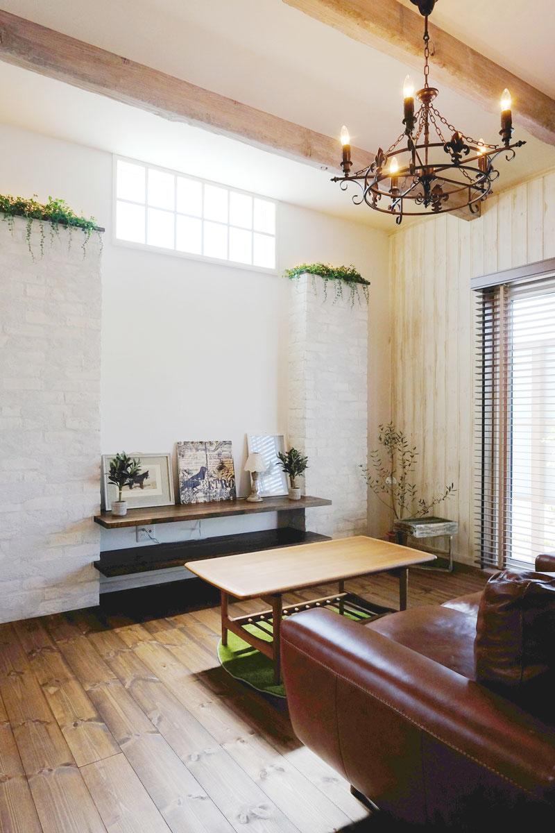 シャビーシックなフレンチスタイルのMamanの家。34Nタイプ。リビング【酒田鶴岡で新築、デザイン住宅、リノベーションの工務店 ナチュラル工房伊藤住宅】
