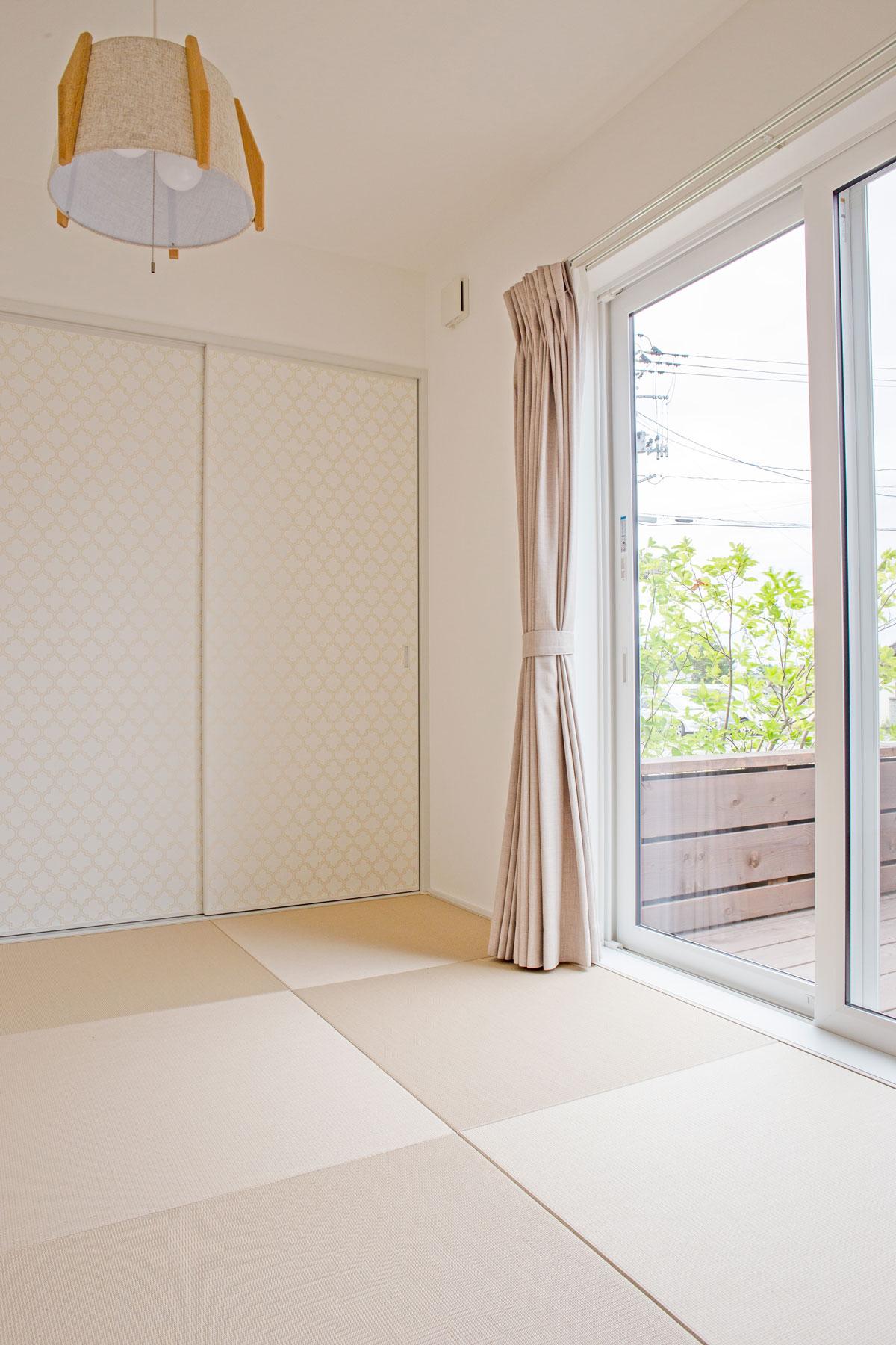 琉球畳のかわいい和室